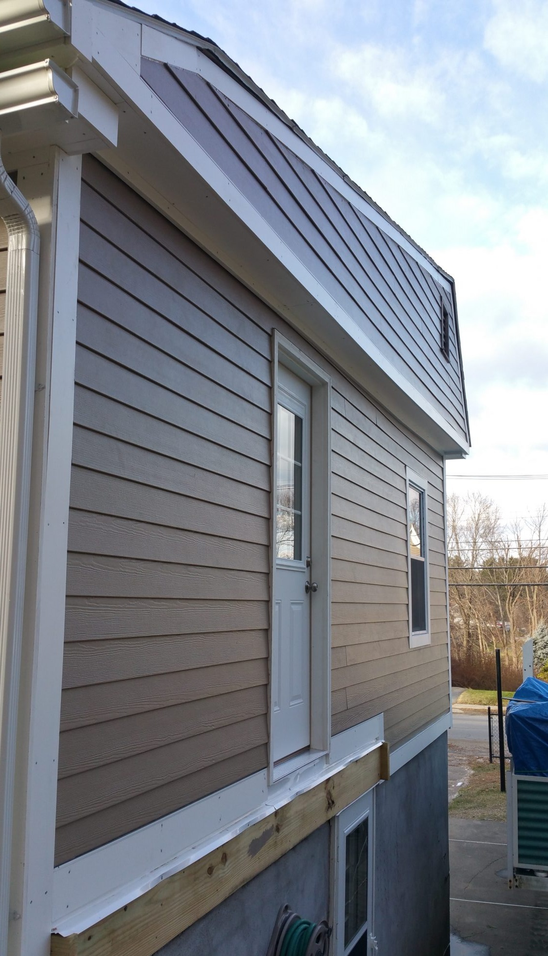 Tan James Hardie Siding Installation In Hudson Ma Us